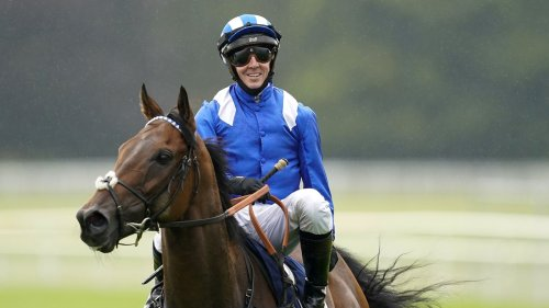 Jim Crowley leads tributes to retired sprinting star Battaash