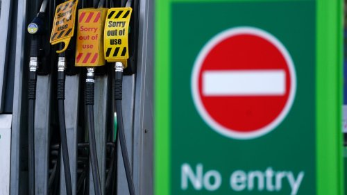 Fuel crisis: Government expected to mobilise army 'as a precaution' amid fuel crisis
