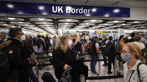COVID-19: Fully vaccinated travellers from US and EU can come to UK without having to isolate