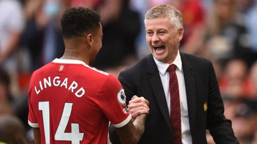 Jesse Lingard: Ole Gunnar Solskjaer says Manchester United remain determined to keep him at Old Trafford