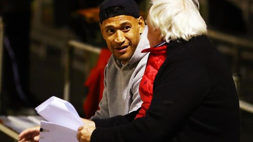 Israel Folau cleared to play rugby league for Southport Tigers after clearing final Catalans Dragons hurdle