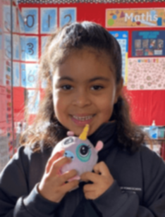 Victoria Police in desperate search for six-year-old Melbourne girl missing from Avondale Heights