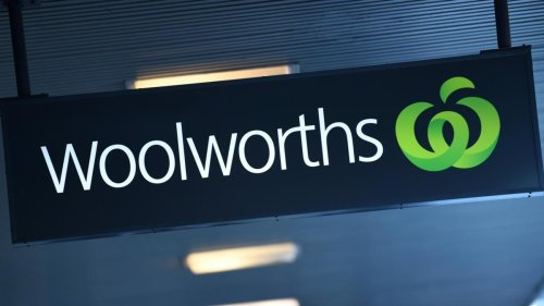 Victorian COVID-19 case visited Woolworths supermarket at Doncaster before being identified as close contact