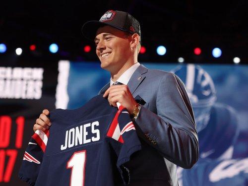 Patriots reveal minicamp debut of quarterback Mac Jones (PHOTOS)