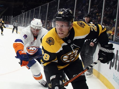 Ondrej Kase fails to make it through first game in almost four months