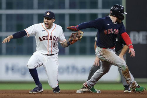 Red Sox season ends with disappointing offensive performance in Game 6