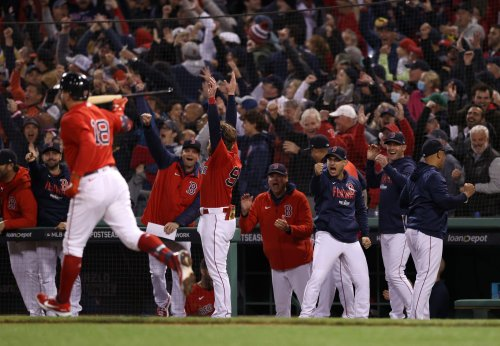 Red Sox slug their way to 12-3 win, 2-1 series lead over Astros