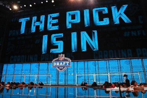 Report: Carolina Panthers discussing moving back from No. 8 pick in NFL Draft