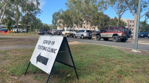 Central Queensland school students potentially exposed to COVID-19 after visiting work site of Brisbane contractor