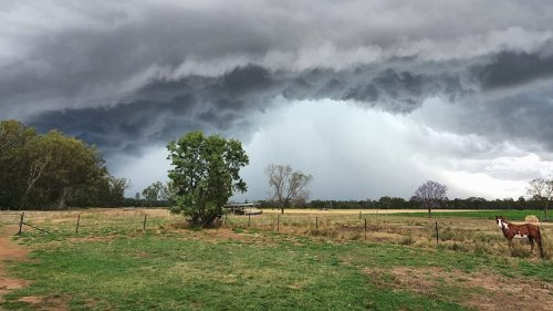 Severe weather to bear down on parts of Queensland over Easter period