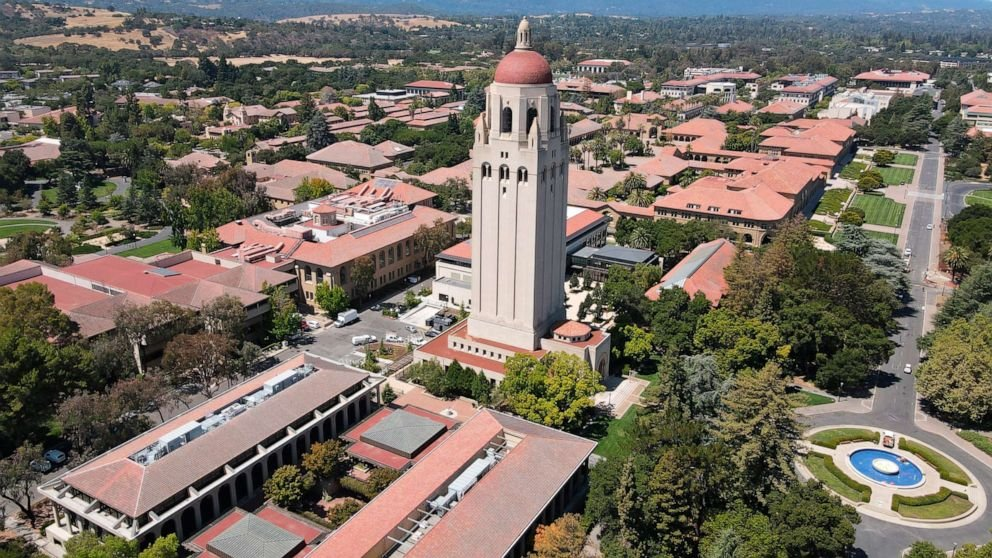 Stanford University reports 7 breakthrough cases of COVID-19 among fully vaccinated students