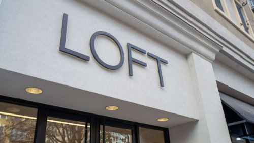 LOFT discontinues plus-size collection over challenges 'brought on by COVID-19'