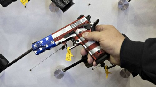 The type of gun used in most US homicides is not an AR-15