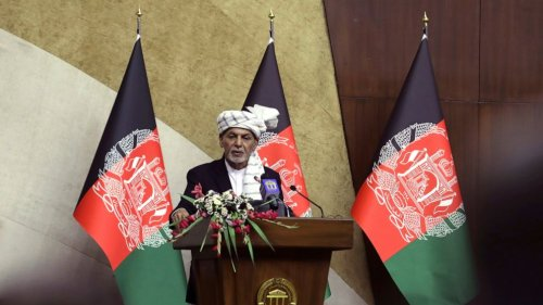 Afghan president seeks defense of cities as Taliban advance