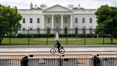 Park across from White House reopens after almost a year of being closed