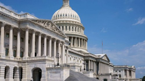 Manchin to join Democrats in Senate showdown vote over voting rights