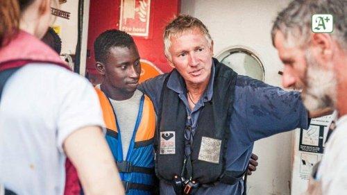 """Flüchtlingsboote: """"In dieser Nacht retten wir 394 Menschen"""""""