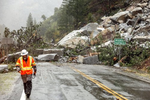 West Coast slammed by record-breaking bomb cyclone
