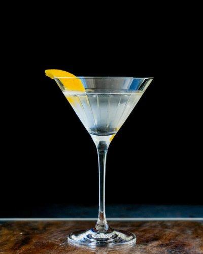 Perfect Classic Martini – A Couple Cooks