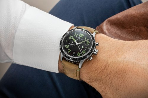 Breguet merges classic design and modern materials in the new Type XXI 3815