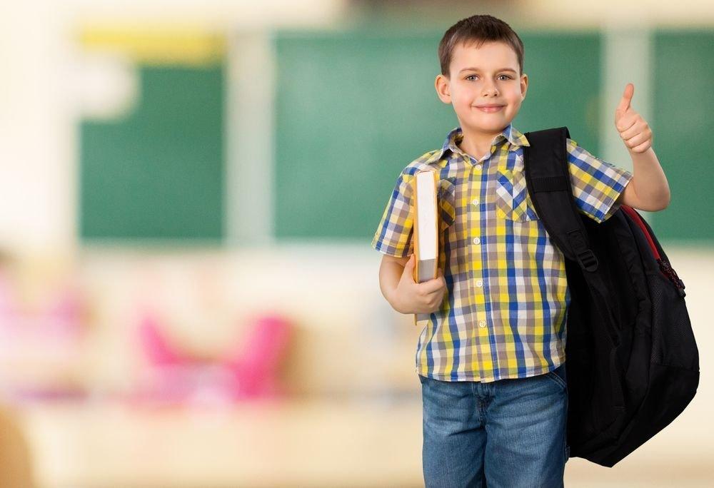 6 Backpack Safety Tips to Lighten Back to School Burden
