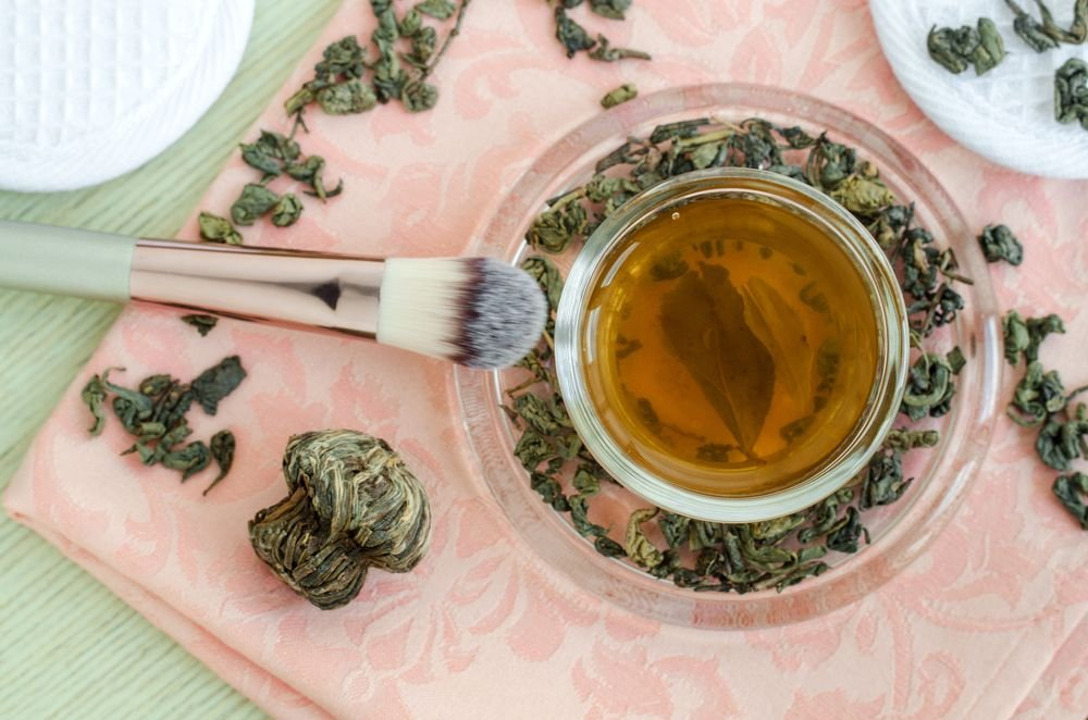 Do-It-Yourself Tips for Glowing Summer Skin