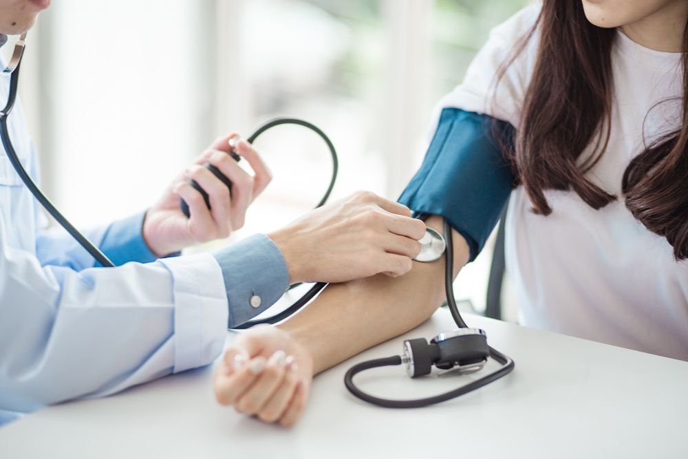 How to Naturally Reduce High Blood Pressure