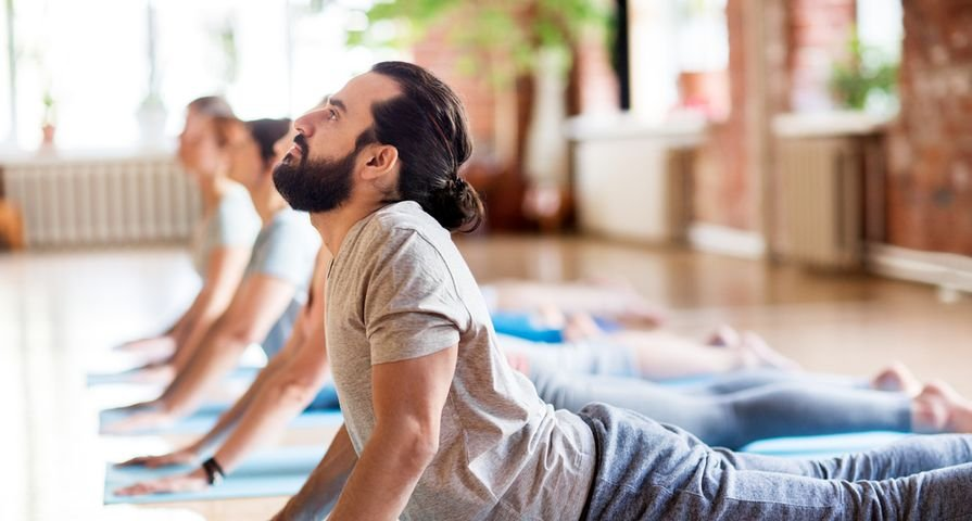 Convincing Reasons Dudes Should Do Yoga