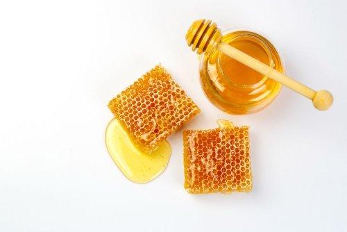The Incredible Health Benefits of Honey - ActiveBeat