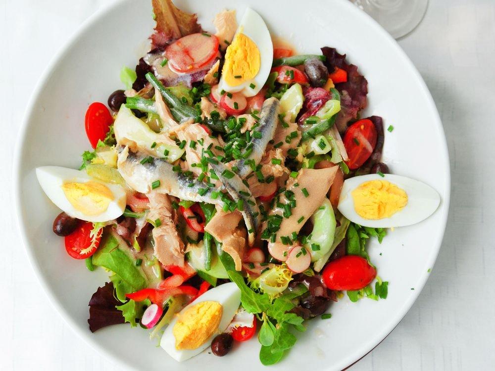 Light Salads That Eat Like a Meal