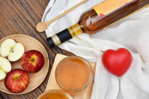 Pros and Cons of Apple Cider Vinegar as a Superfood - ActiveBeat