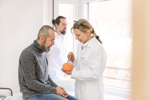 Facts and Symptoms of a Brain Aneurysm - ActiveBeat