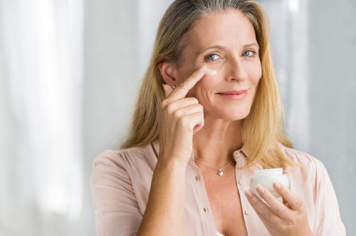 Non-surgical Eye Lift: What It Is and Does It Work?