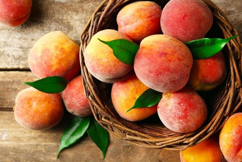 Peaches: Benefits, Nutrition And Health Tips