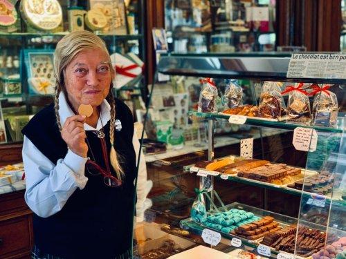 """PORTRAIT. Denise Acabo, doyenne des chocolatières de Paris : """"Plutôt mourir que de vendre !"""""""