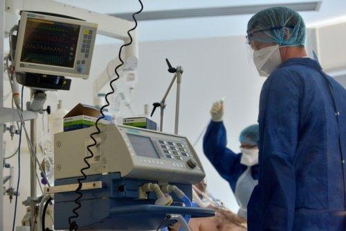 Covid-19 à Paris : hospitalisations et admissions en réanimation toujours en augmentation