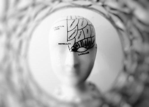 Les personnes qui font souvent des tâches ménagères ont une meilleure santé cérébrale
