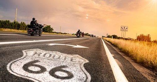 Mit dem Motorrad verreisen: Planung, Zubehör und Kosten