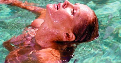 Les plus belles photographies de nus à la piscine