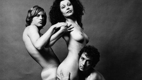 Les muses d'Andy Warhol photographiées nues à la Factory