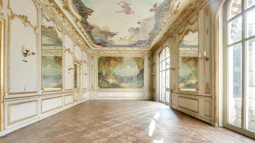 À vendre, un hôtel particulier de 1300 m² avec jardin à Paris