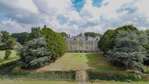 À vendre, un château du XVIIIe siècle et son vaste domaine près de Nantes