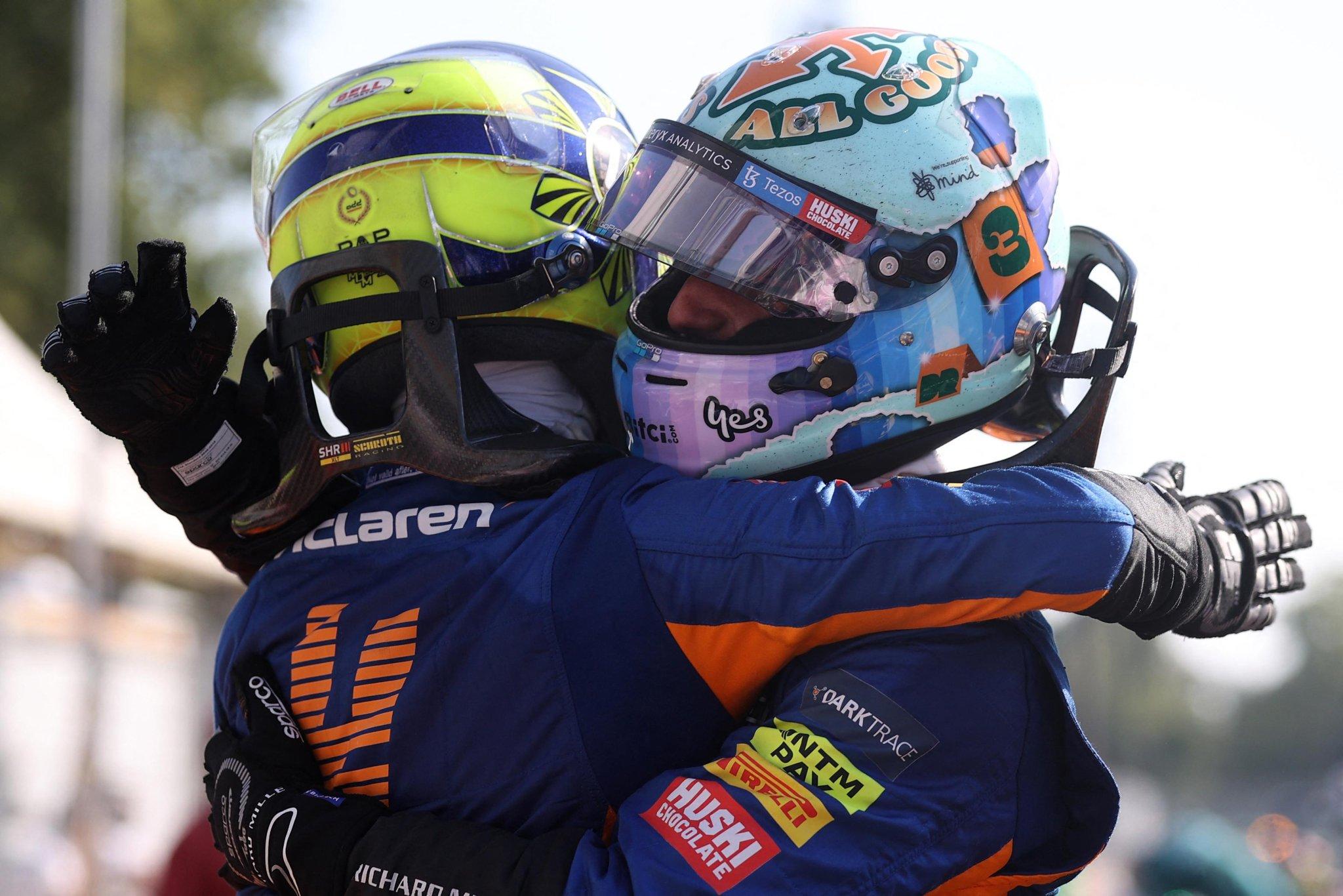 Gp Monza, Ricciardo trionfa davanti a Norris. Scontro Verstappen-Hamilton