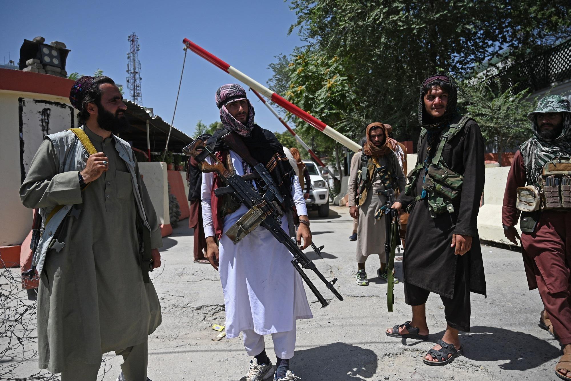 Afghanistan, protesta contro Pakistan a Kabul