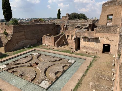 Sul Palatino dopo 2.000 anni torna l'acqua alla Fontana delle Pelte