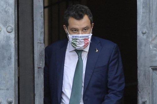 """Coprifuoco alla 22, Salvini: """"Illogico, ma non lascio il governo"""""""