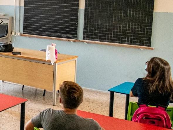 """Scuola, Bianchi: """"Pronti al ritorno, da presidi controllo green pass"""""""