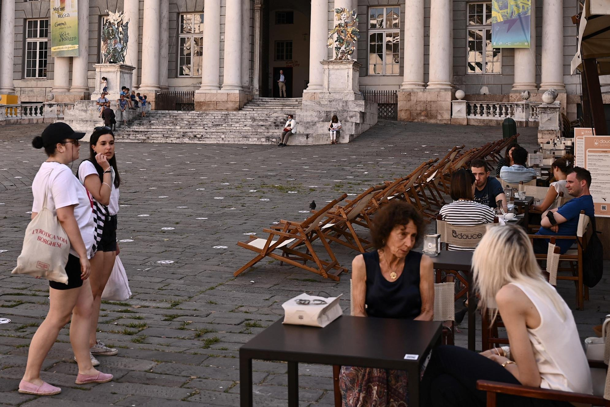 Covid Italia, 808 contagi e 12 morti: bollettino 4 luglio