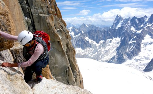 A Mountaineering Nurse Deals With Adversity—of All Kinds—at Altitude