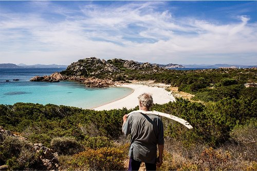 Man Who Lived Alone On An Island for 32 Years Returns to Society | The Adventure Blog